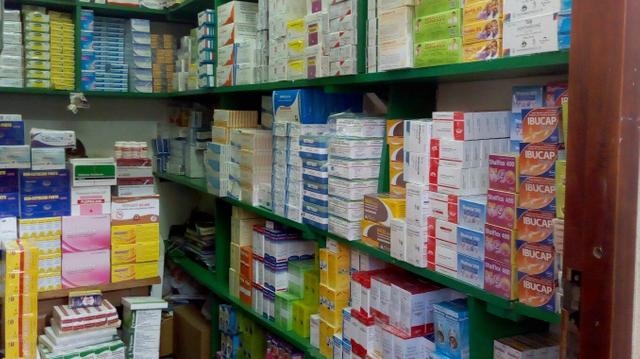 Tour d'Afrique des faux médicaments