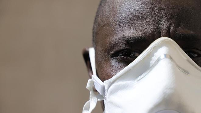 Le Sénégal a imposé dimanche le port obligatoire du masque pendant la période de l'état d'urgence (photo d'illustration)