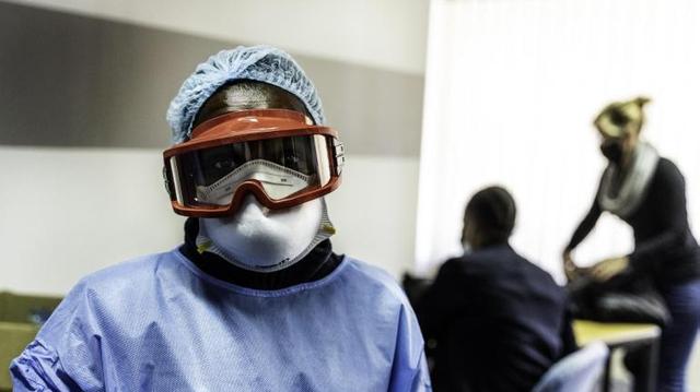 Comment les variants prolongent la pandémie de Covid-19 en Afrique