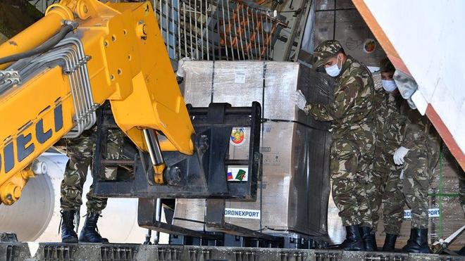 La Russie a envoyé un lot d'équipement médical à l'Algérie pour faire face au Covid-19