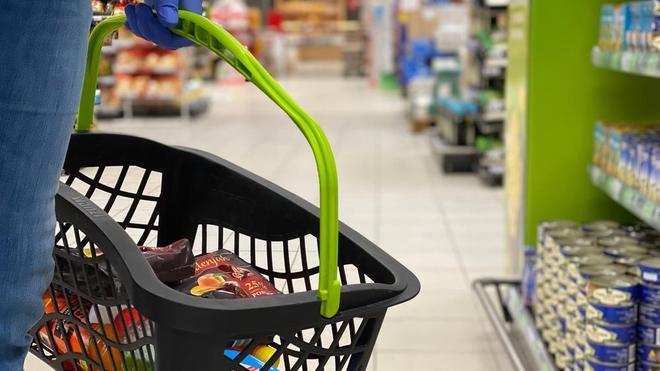 En cette période de pandémie, il est important de respecter quelques gestes pour faire ses courses en sécurité (photo d'illustration)