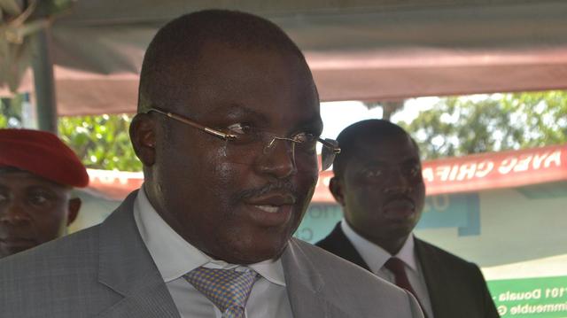 Cameroun : guéri du Covid-19, le gouverneur du Littoral dément sa mort !