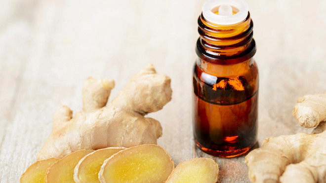 L'huile essentielle de gingembre peut vous aider à soulager les douleurs de l'arthrite ou des rhumatismes (Image d'illustration)