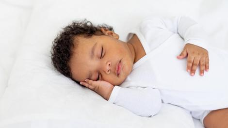 Mort subite du nourrisson : attention aux facteurs de risque