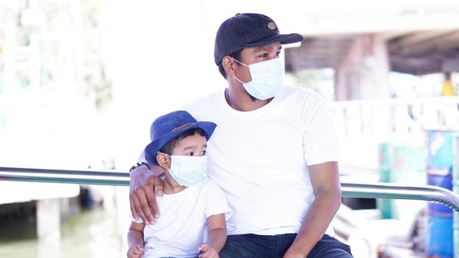 Pour parler de l'épidémie de coronavirus à vos enfants, il faut tout d'abord bien vous informer (Illustration)