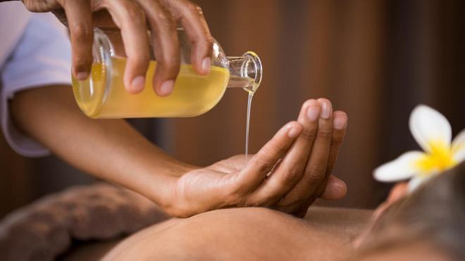 Certains réseaux utilisent la vogue des massages comme prétexte à des activités de prostitution (Illustration)