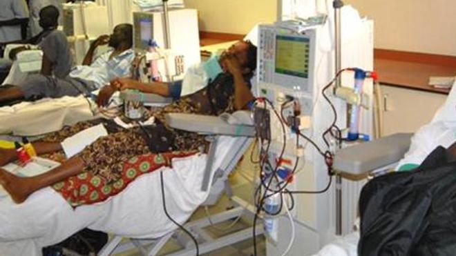 Au Cameroun, les insuffisants rénaux regrettent le manque de kits de dialyse