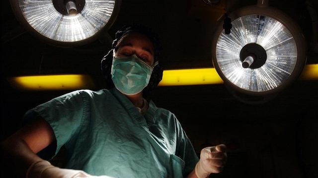 Chirurgie esthétique: des mannequins victimes de la filière turque