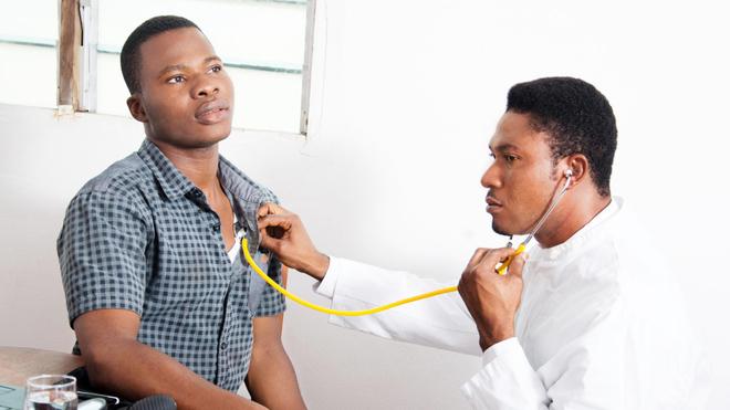 L'écoute du cœur est l'un des indispensables pour le diagnostic des maladies cardiovasculaires (Illustration)