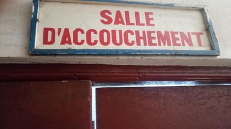 Pourquoi les mères guinéennes meurent lors des accouchements?