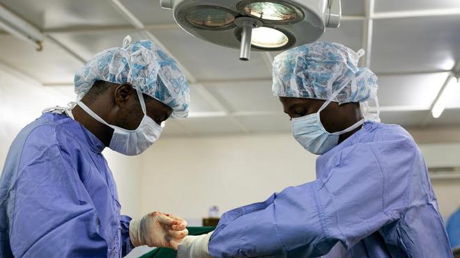 Les opérations chirurgicales vous coûteront plus cher dans les établissements privés en Côte d'Ivoire (photo d'illustration)