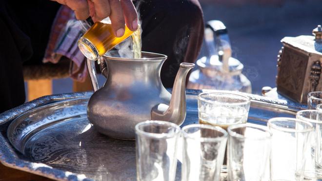 Au Maroc, boire du thé pourrait être dangereux pour la santé