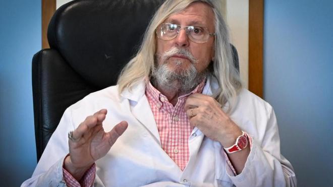 Le professeur Didier Raoult apprécie la stratégie gabonaise contre le Covid-19