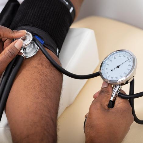 Hypertension artérielle : c'est quoi ce mal qui frappe l'Afrique ?