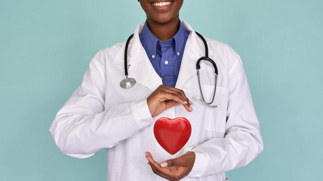 """""""Village du coeur"""", prévenir les maladies cardiovasculaires chez les Béninois"""