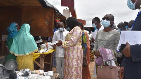 Face au Covid-19, le Cameroun valide de nouveaux traitements issus de la pharmacopée traditionnelle
