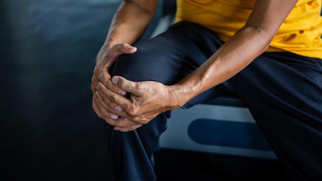 L'arthrite désigne un ensemble de réactions inflammatoires qui provoquent des douleurs articulaires