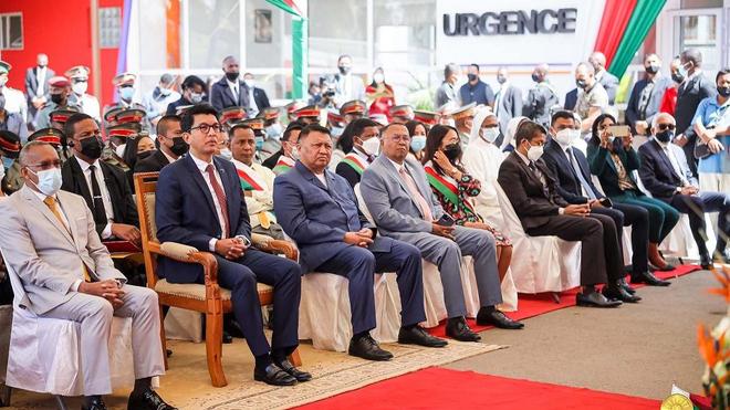 Le président de Madagascar a inauguré le service des urgences au sein de l'hôpital militaire de Soavinandriana