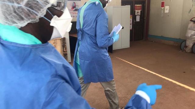 """Les Centrafricains sont """"plus nombreux"""" à se faire vacciner contre le Covid-19"""