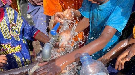 Le rappeur Niro et l'ONG Un Nouveau Visage veulent améliorer l'accès à l'eau en Mauritanie