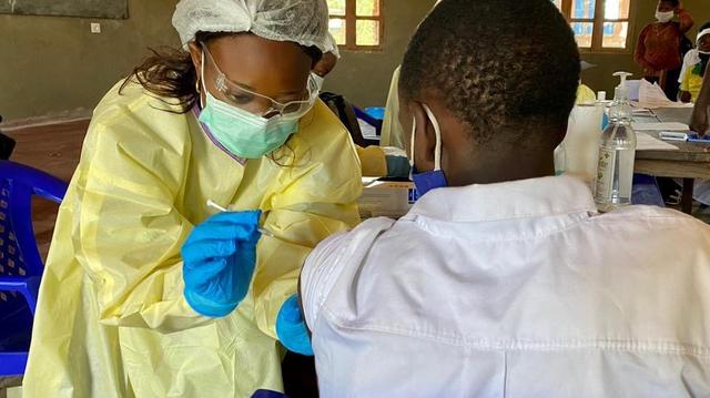 Ebola fait son retour dans l'est de la RDC, Beni contre-attaque