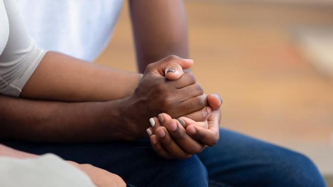 La fausse couche est une épreuve douloureuse pour le couple (photo d'illustration)
