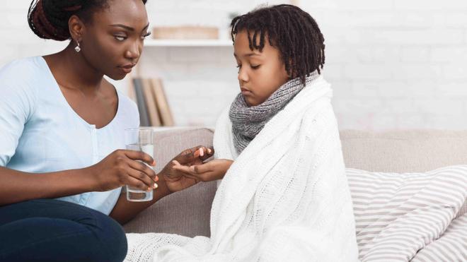 Certaines règles d'or aident votre enfant dans sa prise de médicaments (photo d'illustration)