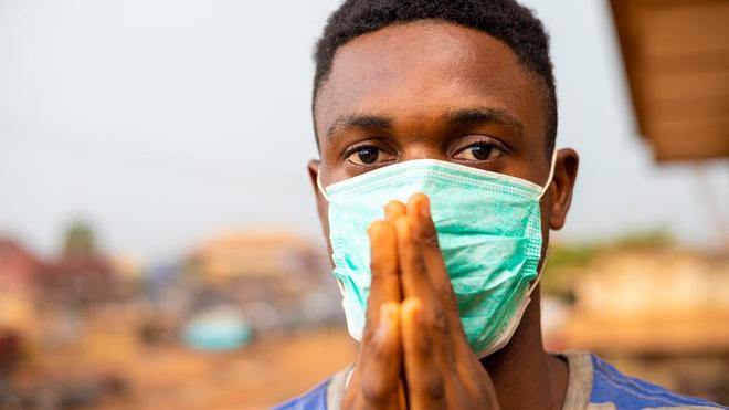 Le port du masque favorise la mauvaise haleine (photo d'illustration)