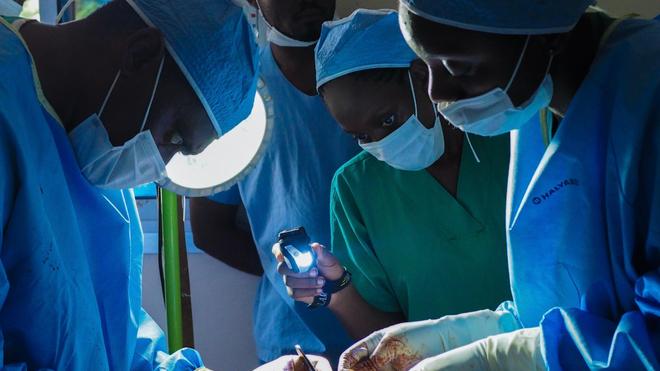 Une équipe de médecins guinéens est parvenue à séparer des siamois (photo d'illustration)