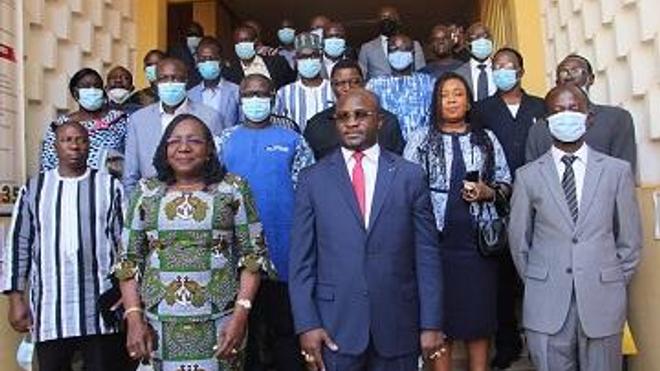 Le Pr Charlemane Ouédraogo remplace MmeLougué à la tête du ministère de la santé (photo d'illustration)