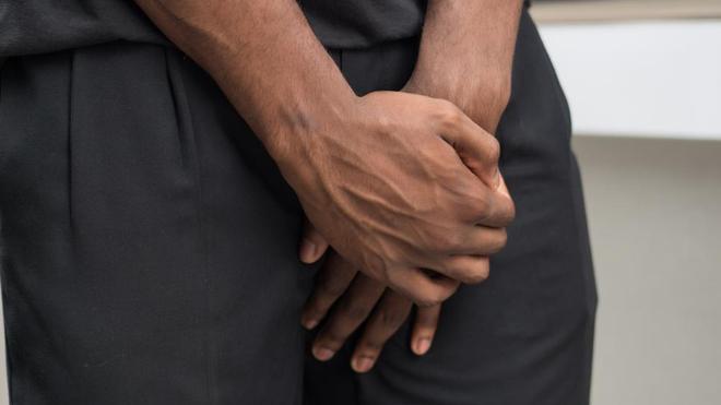 Il est recommandé de consulter un urologue en cas de douleurs au moment d'uriner (photo d'illustration)