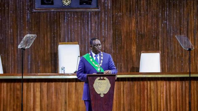 Coronavirus : le Sénégal renforce ses mesures anti-Covid, malgré les protestations