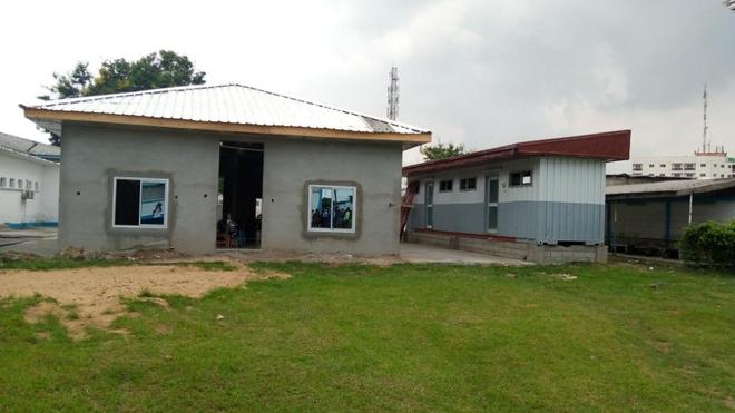 Le premier pavillon de la maison de famille à l'hôpital Laquintinie