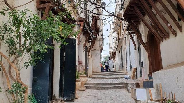 Coronavirus : l'Algérie prolonge encore son confinement