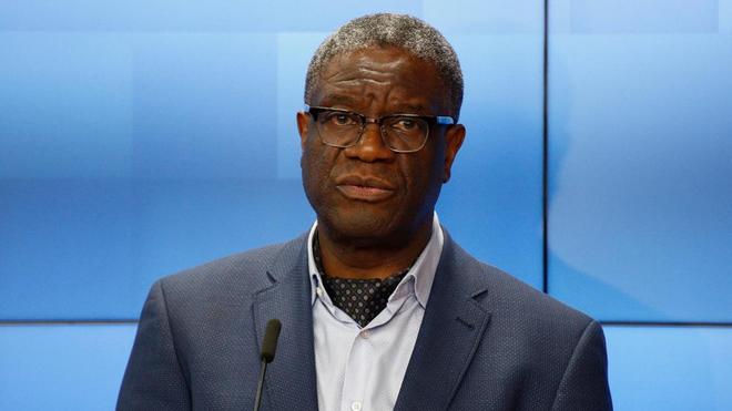 Le prix Nobel de la Paix, Denis Mukwege donne une conférence de presse à Bruxelles le 26 novembre 2018