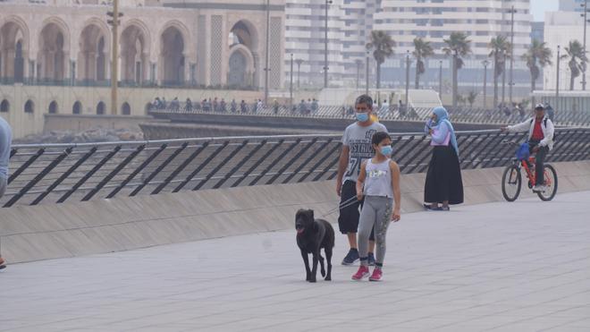 Nombreux sont les Casablancais qui n'hésitent pas à se balader dans la corniche de Aïn Diab