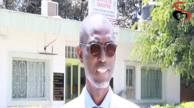 """Coronavirus au Sénégal: le Pr Moussa Seydi """"agressé"""" dans la rue"""