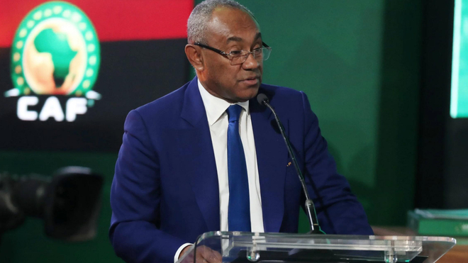 Le président de la CAF, Ahmad Ahmad, a annoncé le report des principales compétitions de foot africain